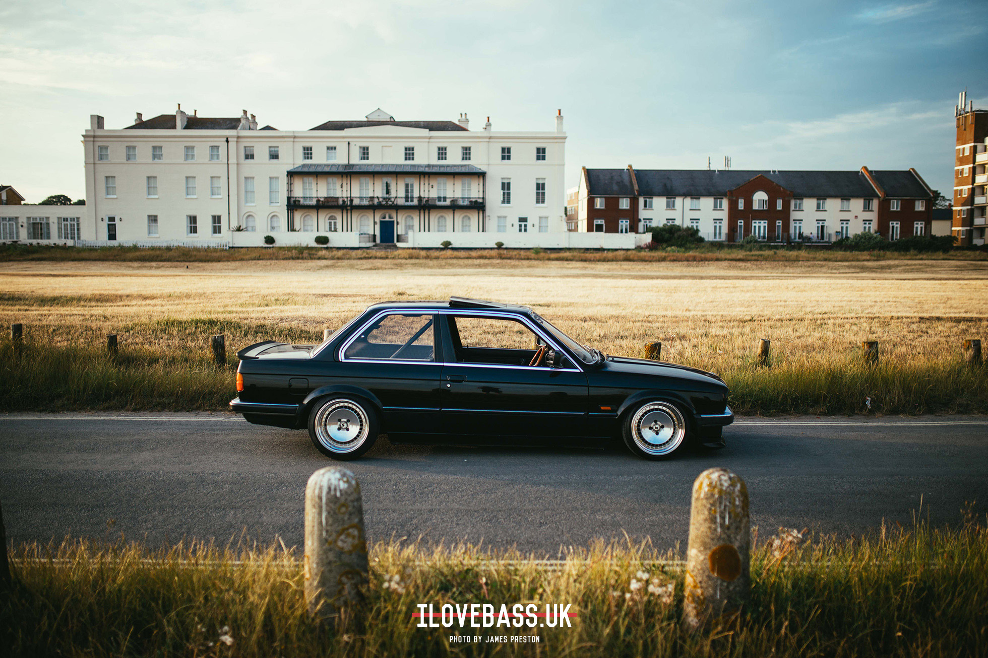 I Love Bass Steven Foxalls M50 Turbod E30 Bmw Swap Wire Harness The Engine Came From Stevens Friends Scrapyard In Manchester They Spent A Day Hopping Across Roofs To Lift Numerous Bonnets Of 90s Bmws But Were Sadly